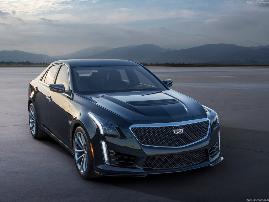 Cadillac-CTS-V_2016_1280x960_wallpaper_02