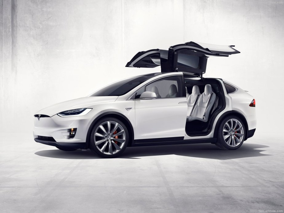 Tesla-Model_X_2017_1280x960_wallpaper_02