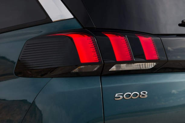 Peugeot5008philipsautoblog (5)