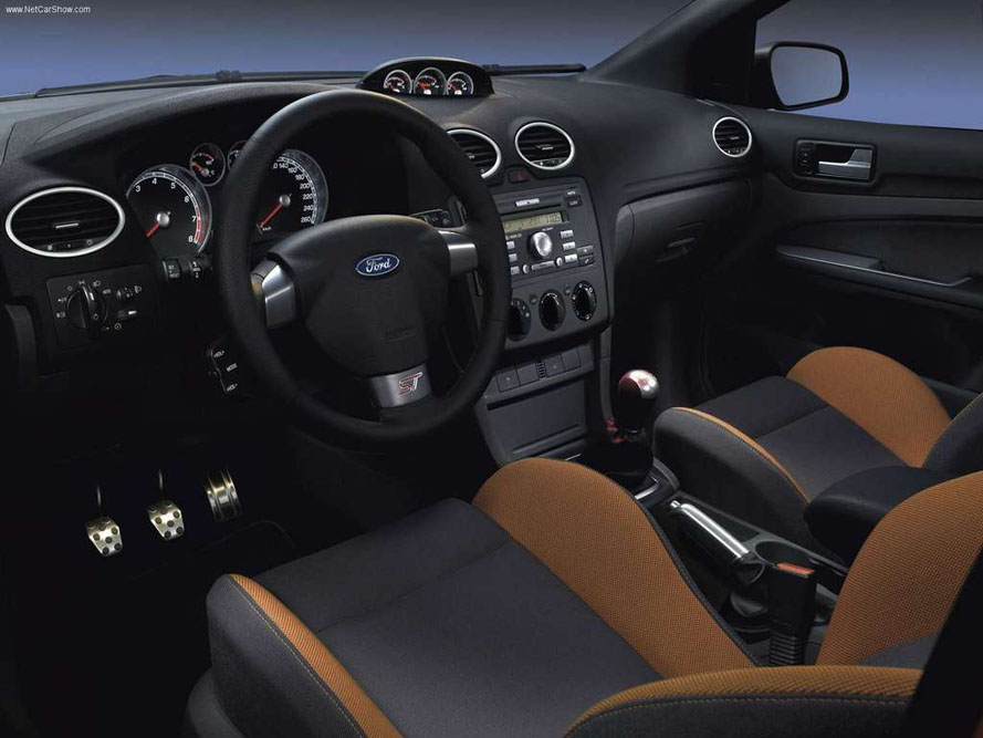 FordFocusST225philipsautoblog(8)