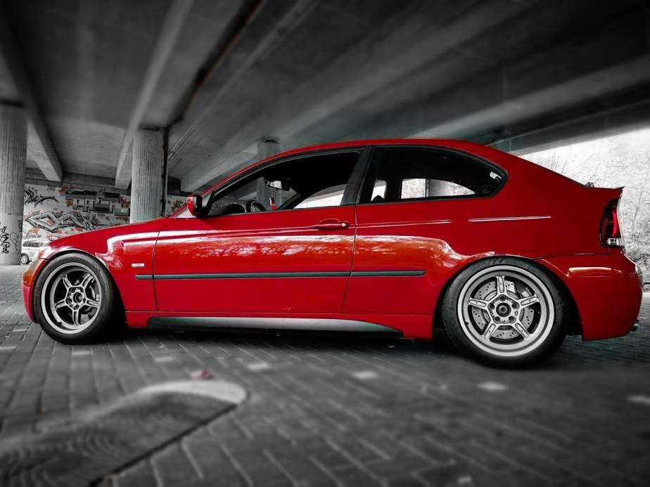 BMWInterviewanimalracingphilipsautoblog
